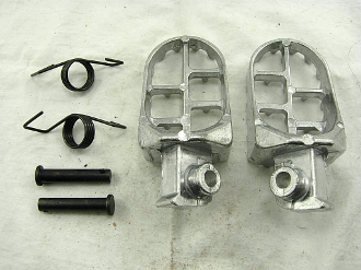 ALLOY FOOT PEGS FOR DIRT BIKES, PIT BIKES WITH CHINESE E-22